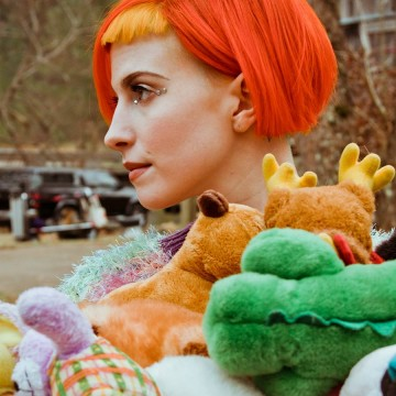 facebook.com/Hayley-Williams-202941843073000