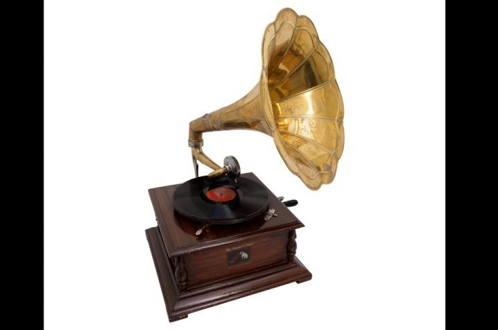 コールドプレイが提供した蓄音機