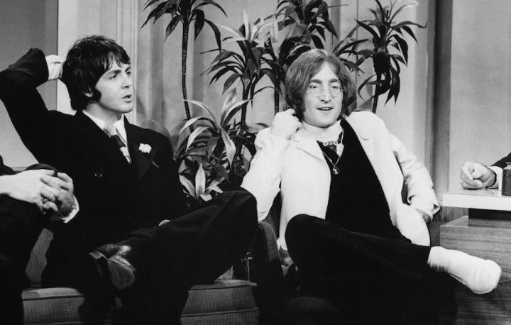 ビートルズ、1969年に書かれた解散を示唆する2通の手紙がオークション ...