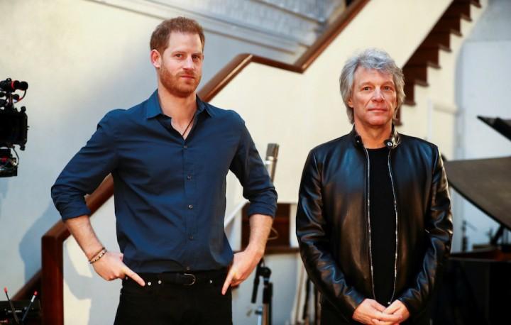 ジョン・ボン・ジョヴィ、ヘンリー王子とアビイ・ロード・スタジオで ...