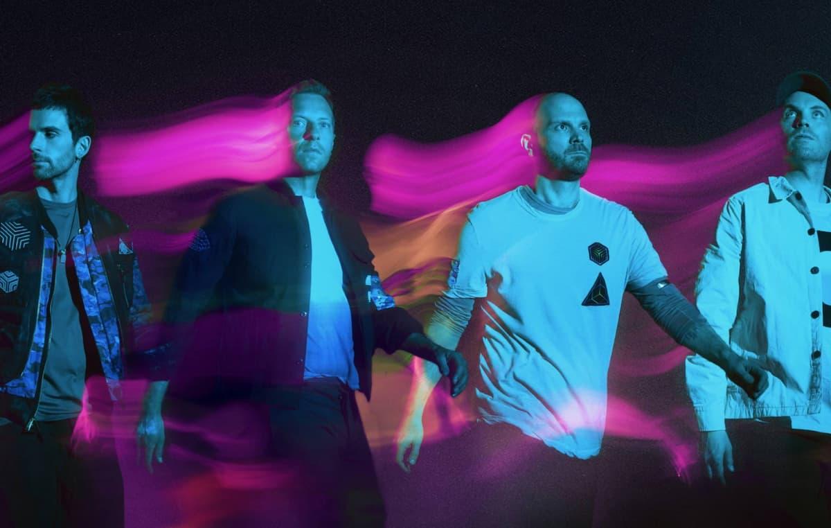 """コールドプレイ、米TV番組で最新シングル""""Higher Power""""を披露した映像が公開"""