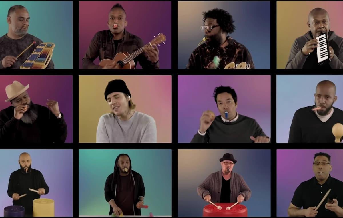"""ジャスティン・ビーバー、教室の楽器で""""Peaches""""を演奏するパフォーマンス映像が公開"""