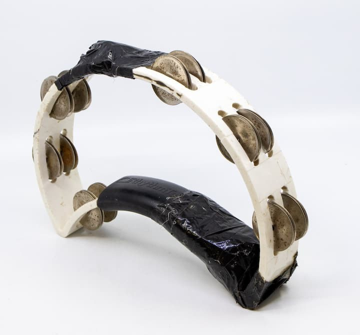 Tambourine-used-by-Liam-Gallagher-credit-Hansons-1-1